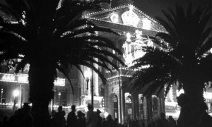 Cape Town's City Hall lit up for the Royal Family visit in 1947. How could light be used now to bring life back to City Hall and the Grand Parade at night? Image: Eliot Elisofon