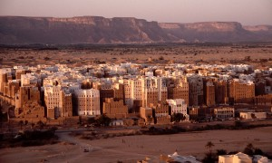 The naturally-cooled desert skyscrapers of Shibam, Yemen date from the 16th century. Image: Skyscraper City