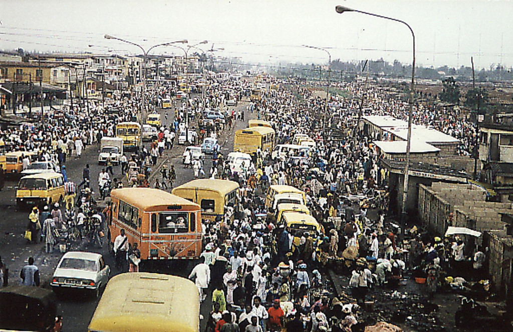 Oshodi in the 90s Image: lurgnetwork.files.wordpress.com