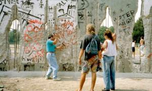 Berlin_Wall_Germany_1