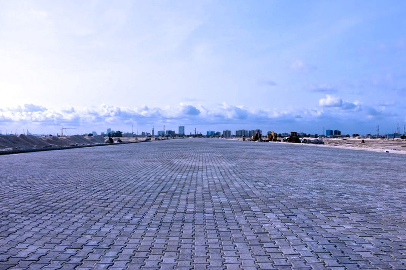 Pre-cast concrete paving blocks laid on Eko Boulevard Source: www.ekoatlantic.com